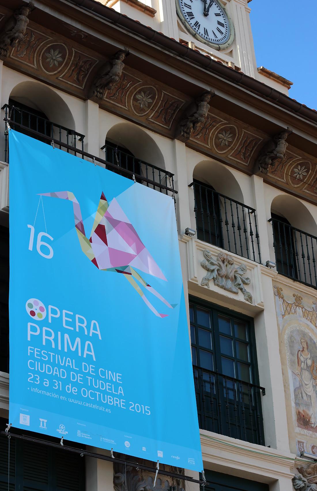 Ópera Prima lona